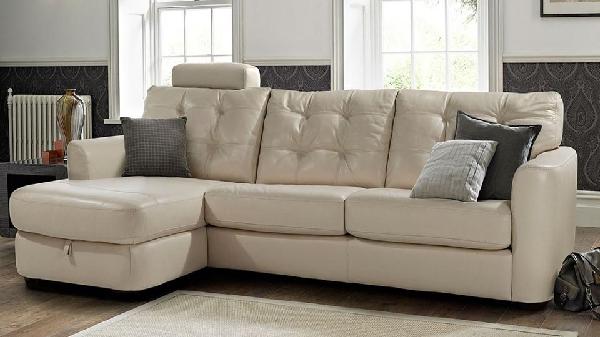 Một trong những mẫu sofa thanh lý khá đẹp, màu sắc của nó làm sáng cả văn phòng