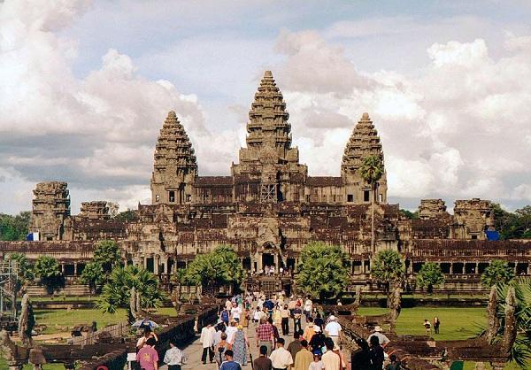 các đền thờ Angkor tại Campuchia