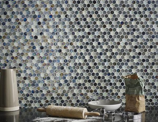 Ốp tường bếp bằng gạch Mosaic làm hài lòng những người yêu nghệ thuật