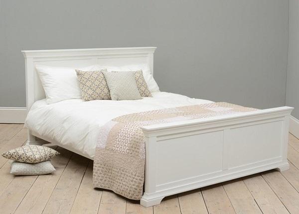 mua giường ngủ gỗ sồi ở đâu tốt