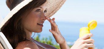 Kem chống nắng có bôi trực tiếp lên mặt được không?