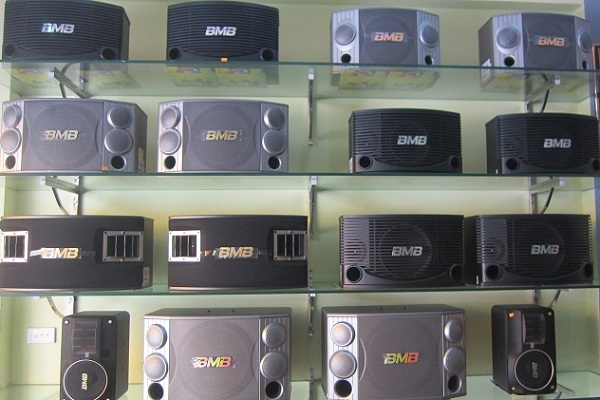 Loa BMB có kiểu dáng đa dạng, phù hợp với nhiều sở thích khác nhau của khách hàng