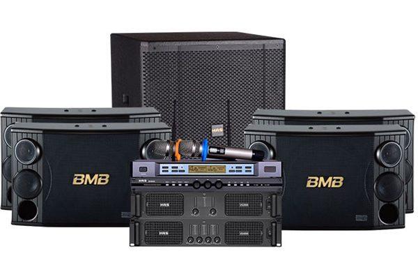Loa BMB dễ dàng kết nối với các thiết bị khác trong dàn karaoke