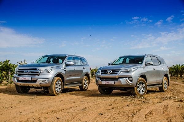 So sánh 2 hãng xe Ford và Toyota