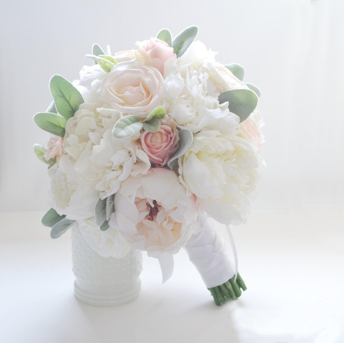 hoa mẫu đơn ngày cưới