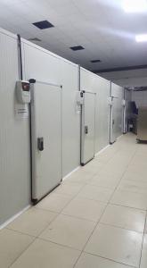 Kho lạnh công nghiệp nhiều phòng bảo quản các loại thực phẩm khác nhau