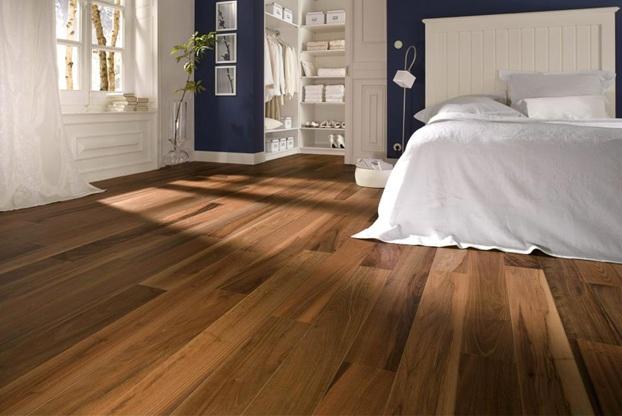 Sàn gỗ Chiu Liu lót sàn phòng ngủ