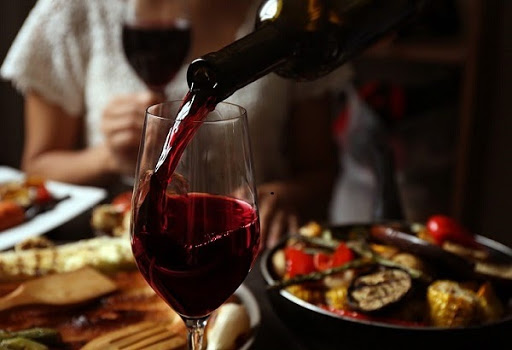 Rượu vang đỏ nhập khẩu cao cấp