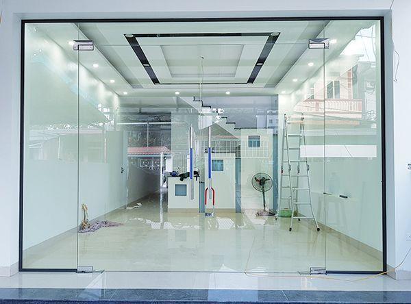 CNMDoor chuyên cung cấp cửa nhôm kính cường lực uy tín