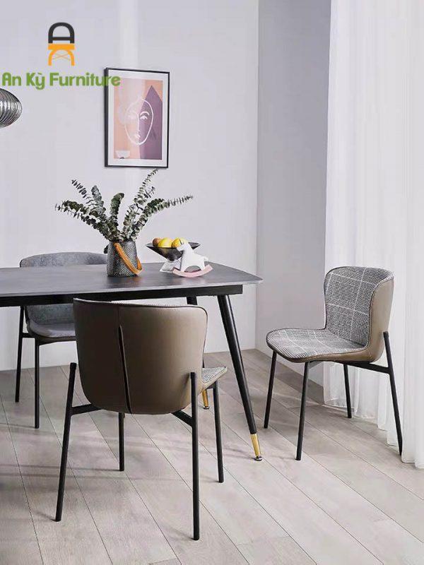 Mẫu ghế sắt sơn tĩnh điện với thiết kế đẹp mắt, thời trang, êm ái, thoải mái khi ngồi
