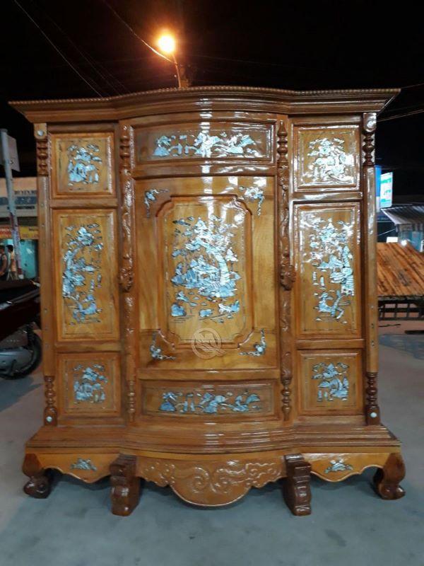 Mẫu bàn thờ 6 chân với chất liệu bằng gỗ Tràm