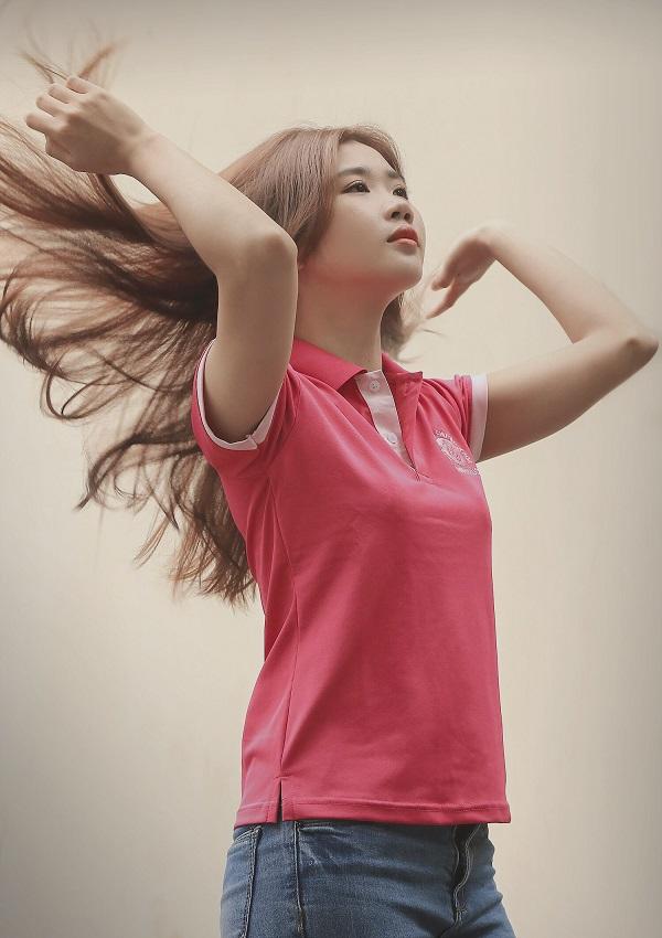 Mẫu áo lớp thun cổ trụ màu hồng dễ thương