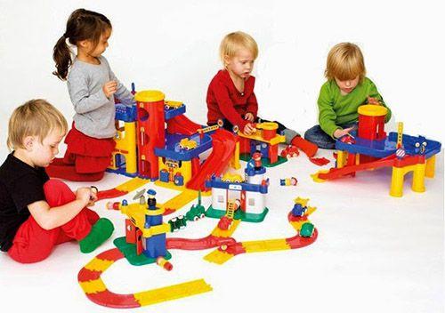 Mua đồ chơi cho bé với nhiều mẫu đẹp giá rẻ chất liệu an toàn