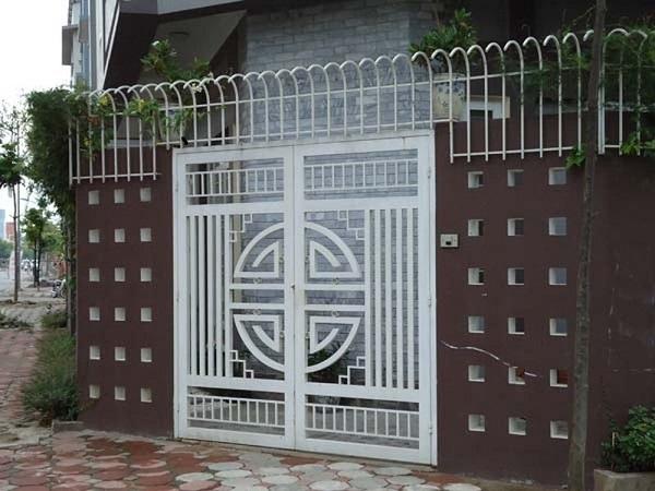 Mẫu cổng đẹp đơn giản tôn lên vẻ đẹp thẩm mỹ bên ngoài